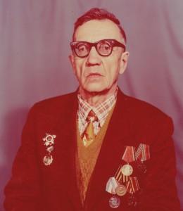 Кафанов H C, председатель шахматной федерации г. Вязники на момент организации Шахматного фестиваля имени Фатьянова А. И. в 1992 году