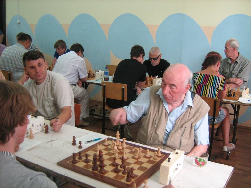 Победитель турнира Капелюш Л. Н. (справа) и второй призер Савосто П. П. (слева)